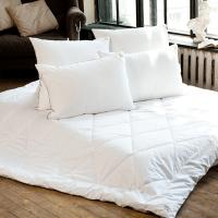 Спальные принадлежности