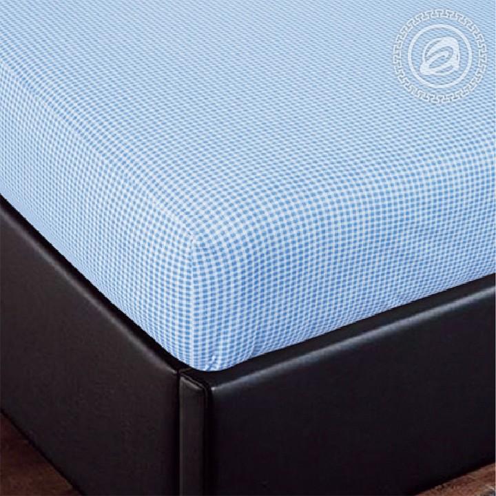 Простыня трикотажная на резинке «Клетка голубая»